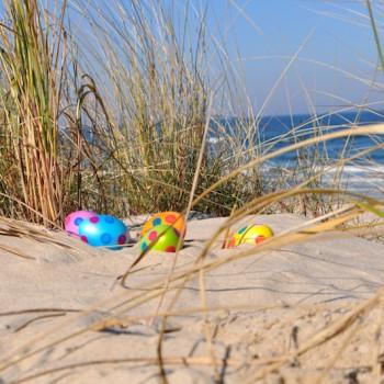 Ostereier am Strand